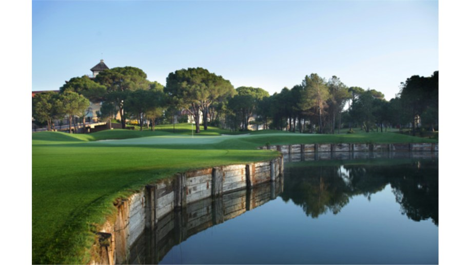 Montgomerie 9th Hole