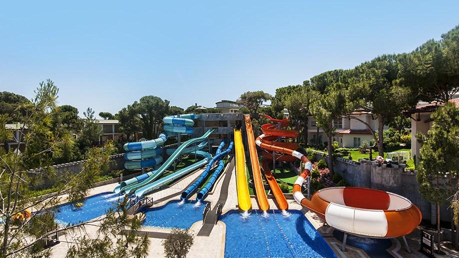 Cobra Kingdom Aqua park