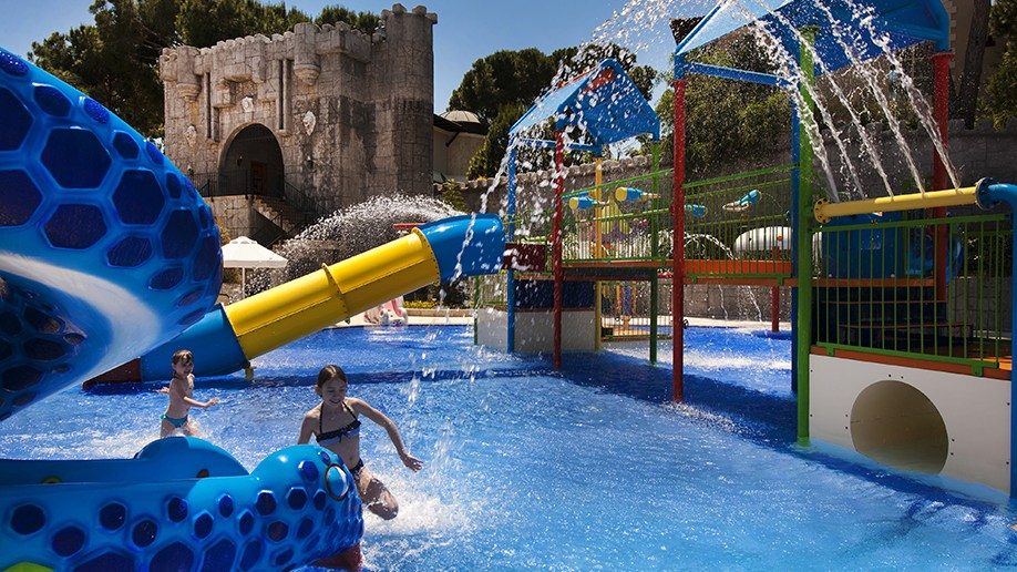 Cobra Kingdom Aqua park