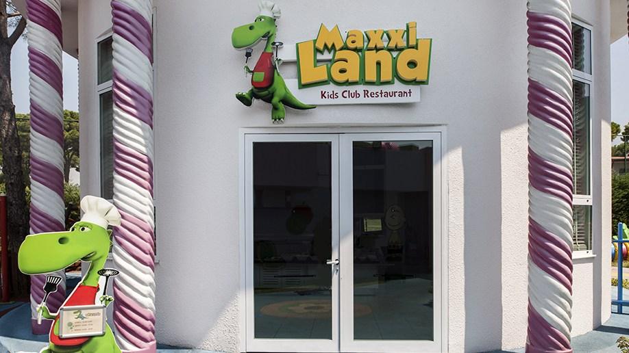 MaxxiLand Restaurant